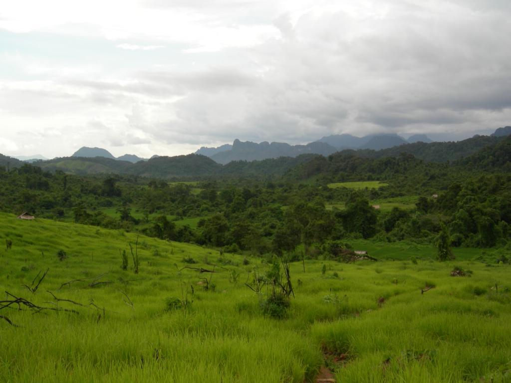 Laos Reise während dem Monsoon