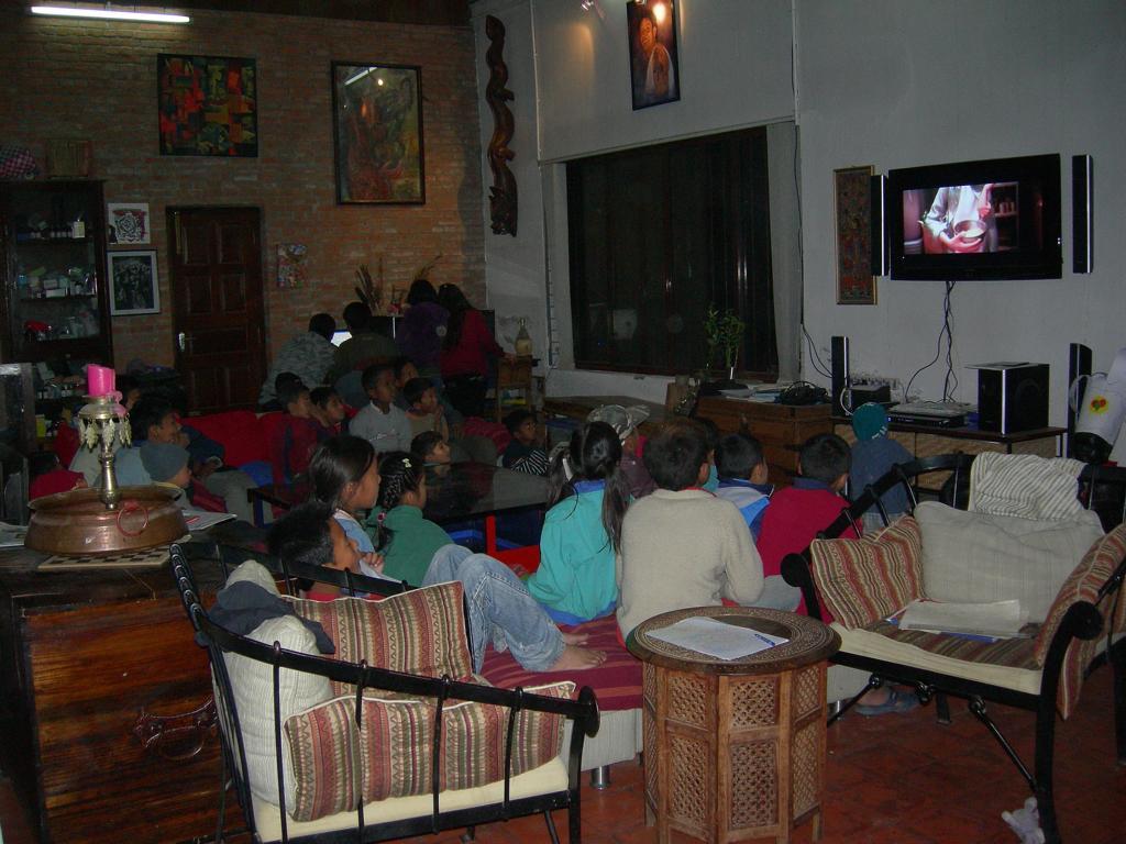 gemeinsames Fernsehen am Abend