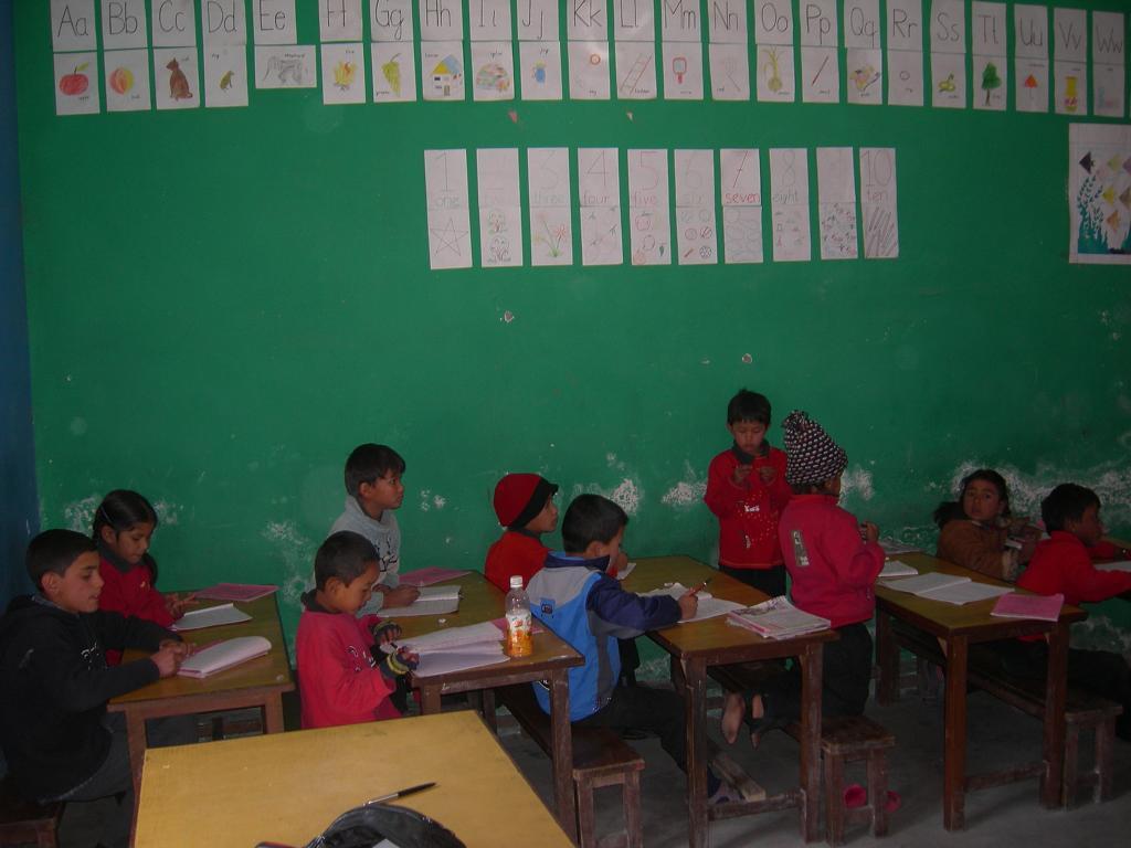 Klassenzimmer in der Schule des Strassenkinderhilfswerkes