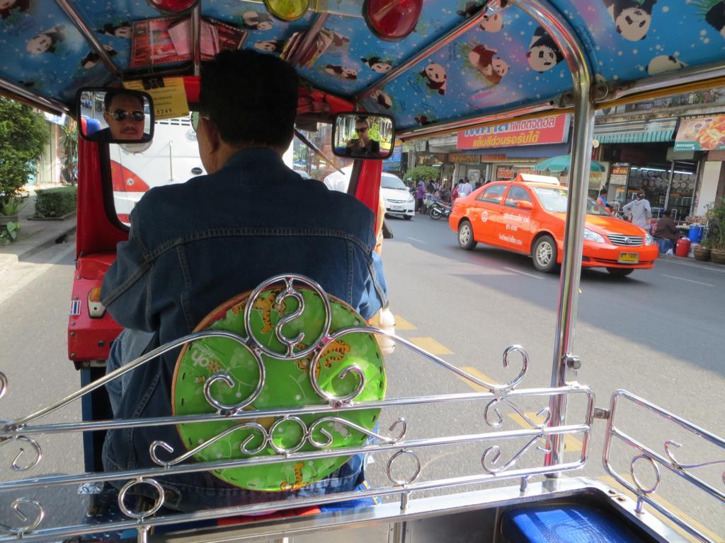 mit dem Tuk Tuk in Thailand