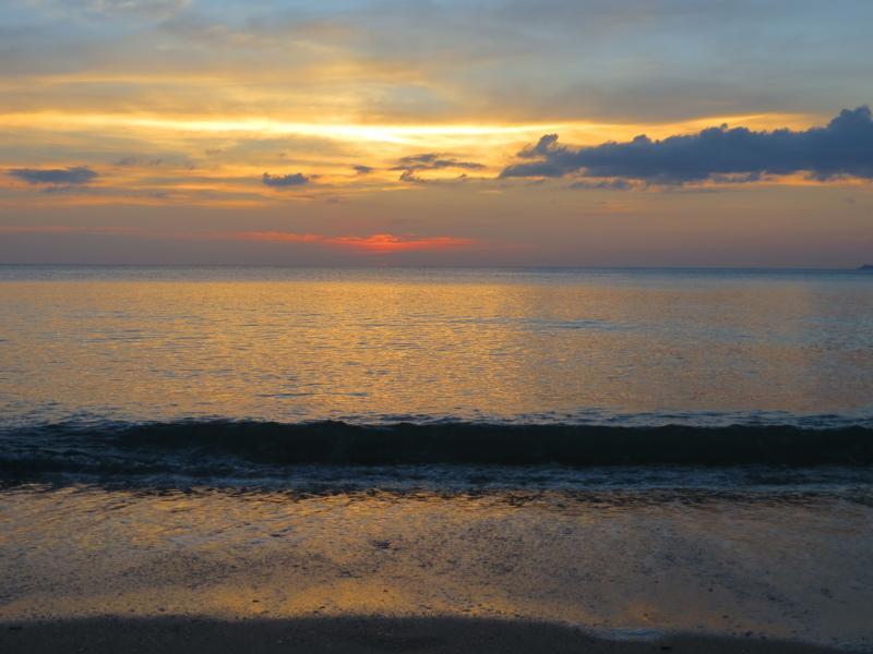 Sonnenuntergang auf Koh Lanta in Thailand