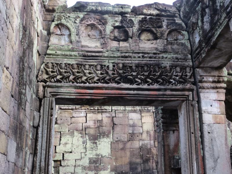 Torbogen in einem Angkor Wat Tempel