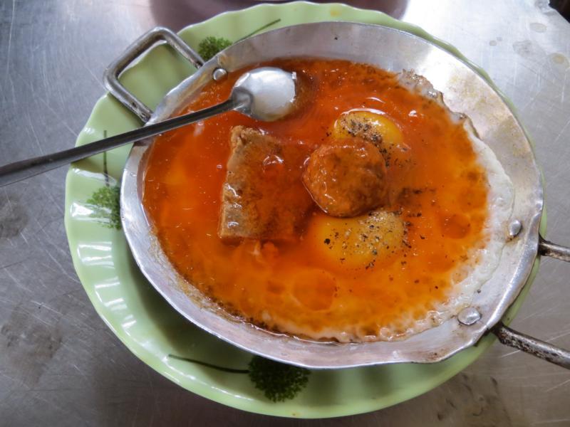 Bánh Mì Ốp La Xíu Mại - Frühstückseier