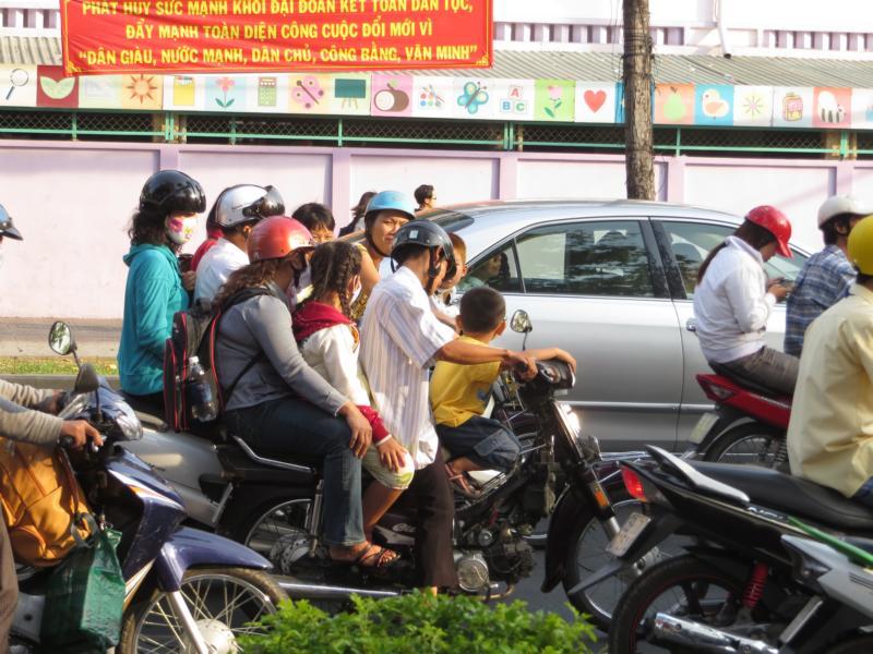 Strassenverkehr in Saigon
