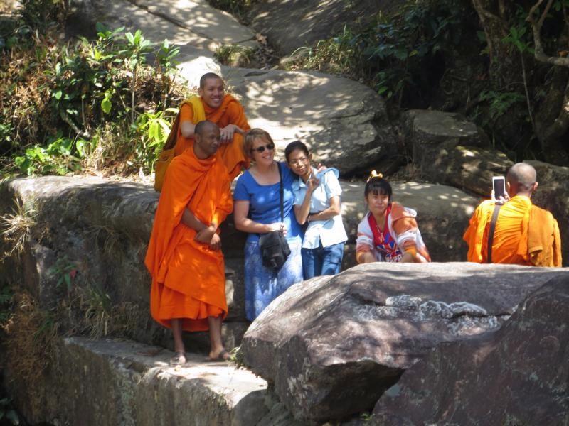 Mönche in Südostasien
