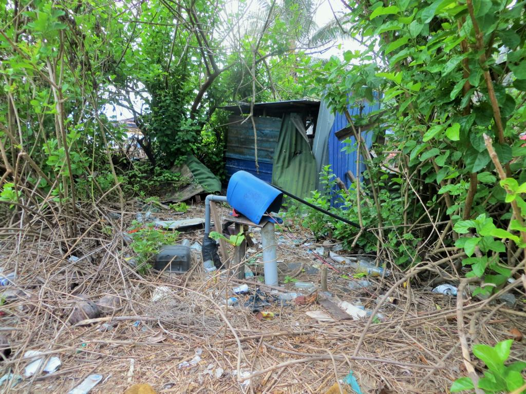 Müll auf den Perhentian Inseln