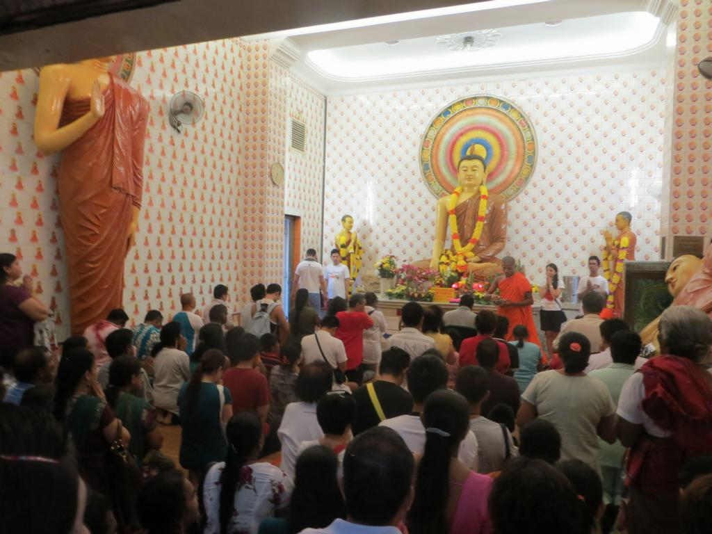 Segnung am Wesak Day