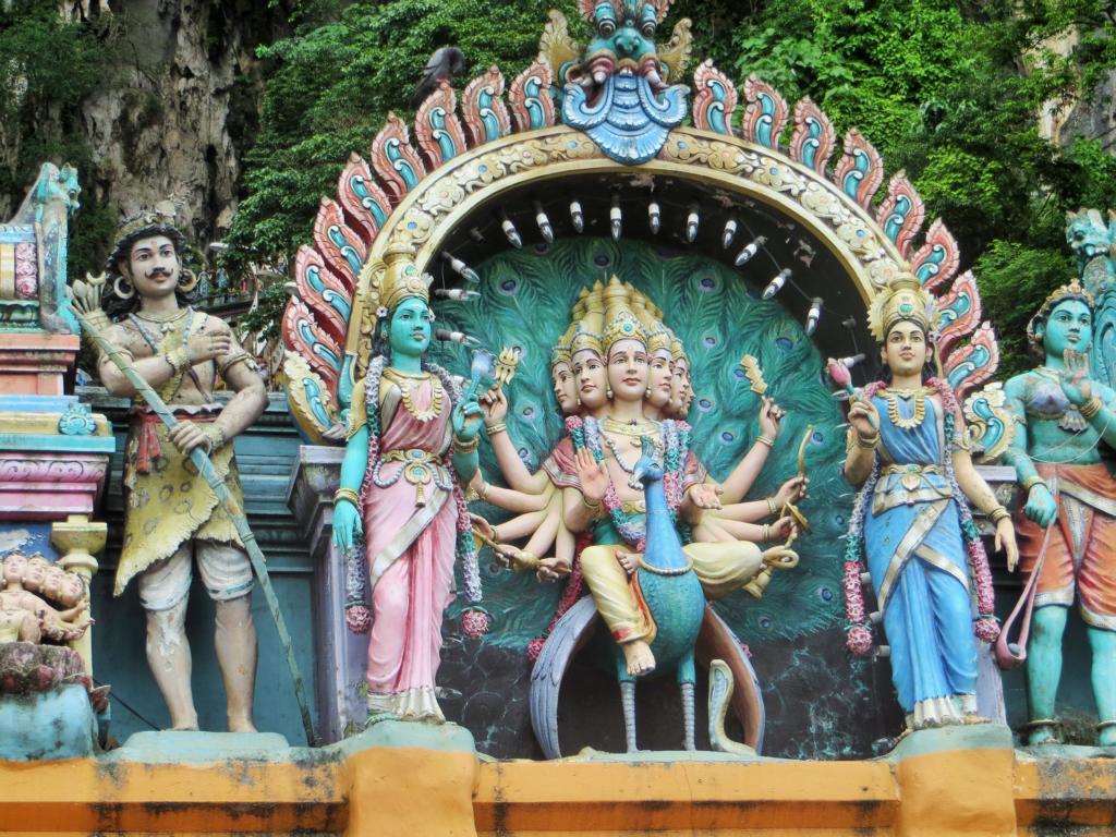 Hinuistische Gottheiten in den Batu Caves