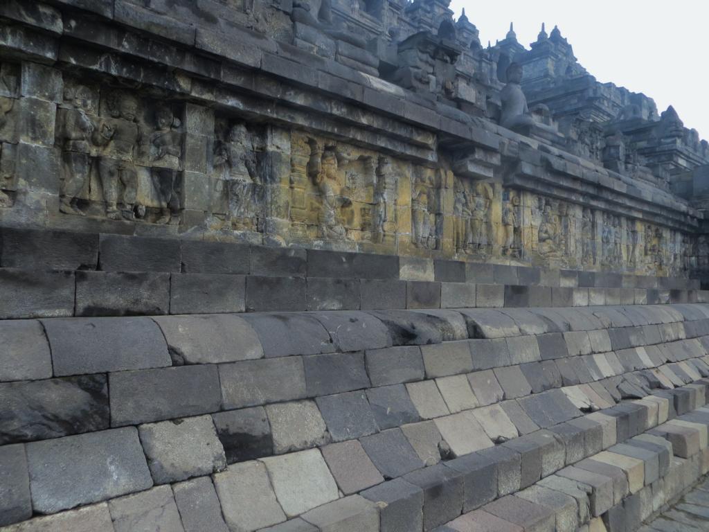 Das Leben Buddhas aufgezeigt in Borobudur