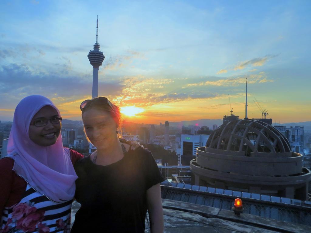 Mit Lina in Kuala Lumpur - eine liebe Freundin, von der ich mich auch wieder verabschieden musste