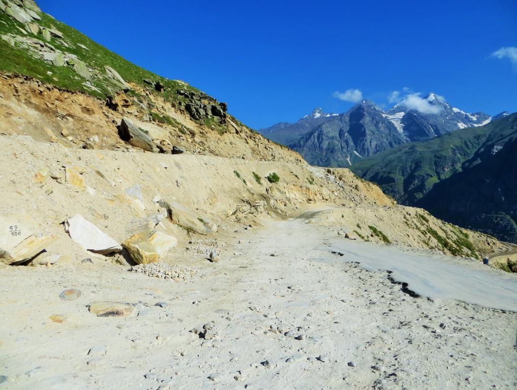 Der Manali-Leh-Highway der durch Ladakh führt