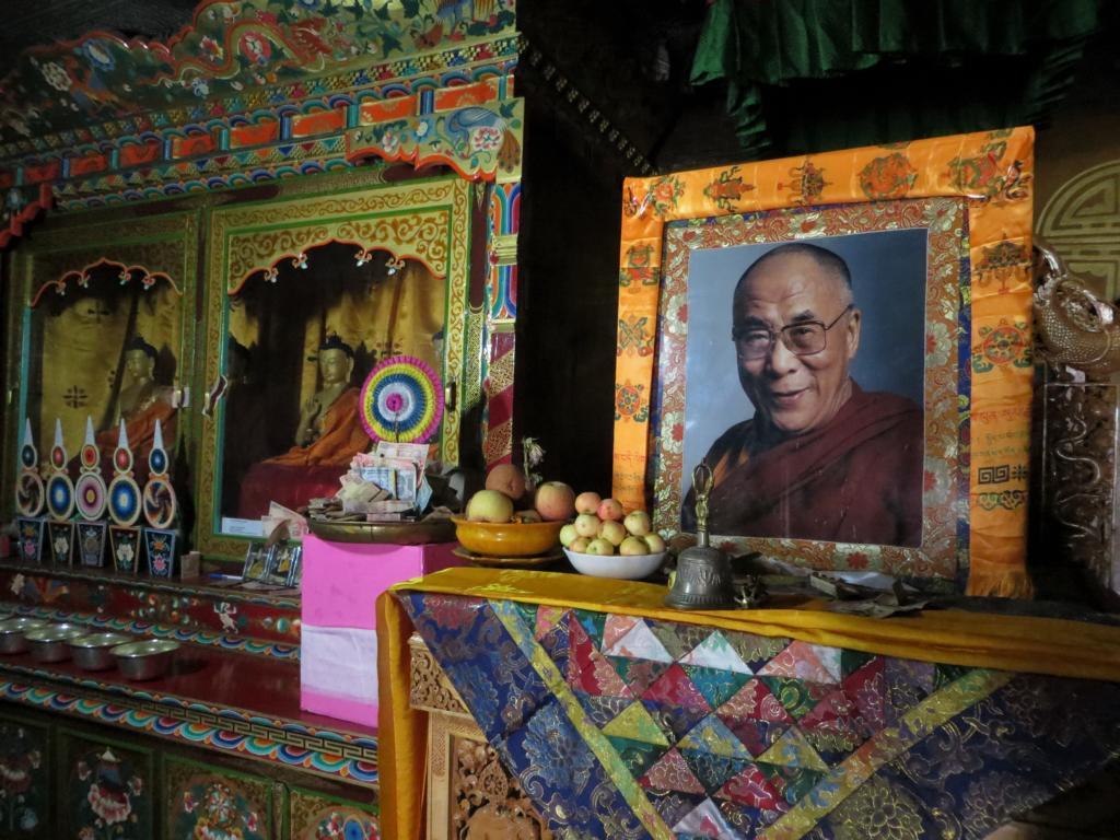 Opfergaben an den Dalai Lama im Kloster Thiksey in Leh