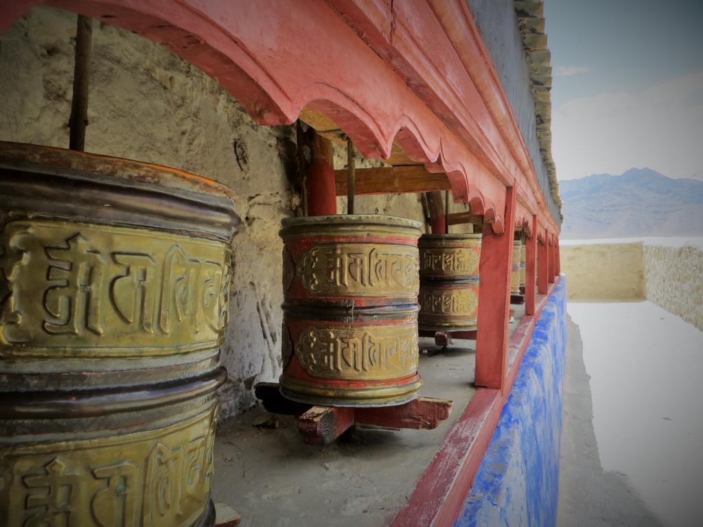 Gebetsmühlen im Shey Palast bei Leh