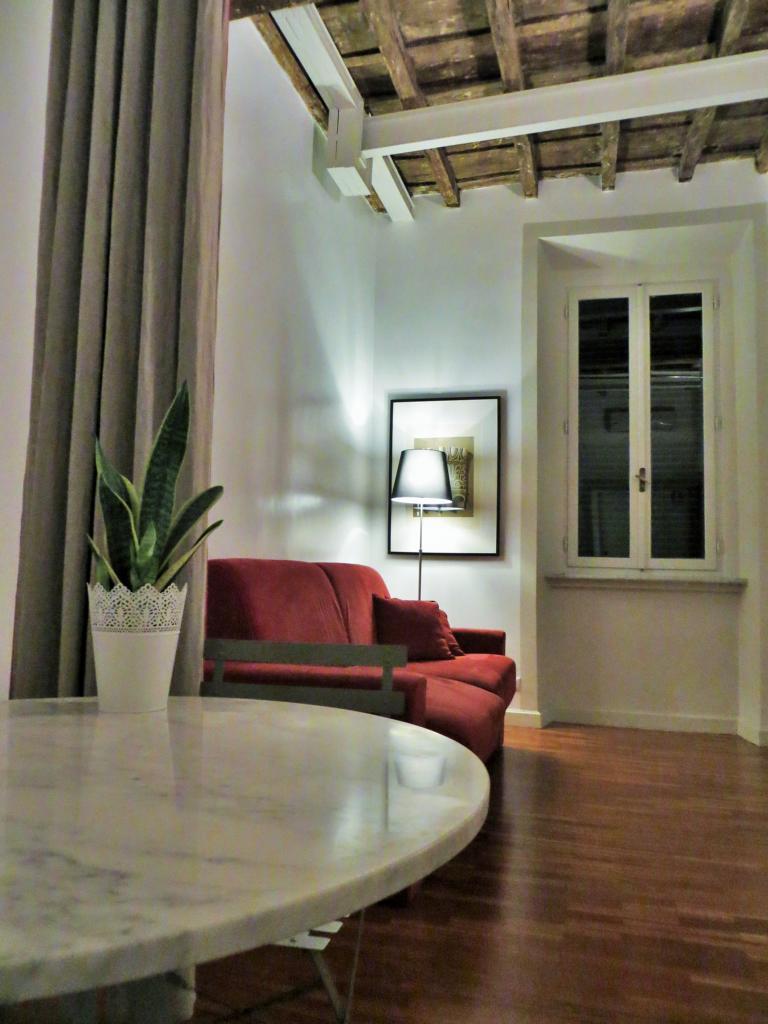 gemütliches Wohnzimmer im Blue Hostel in Rom