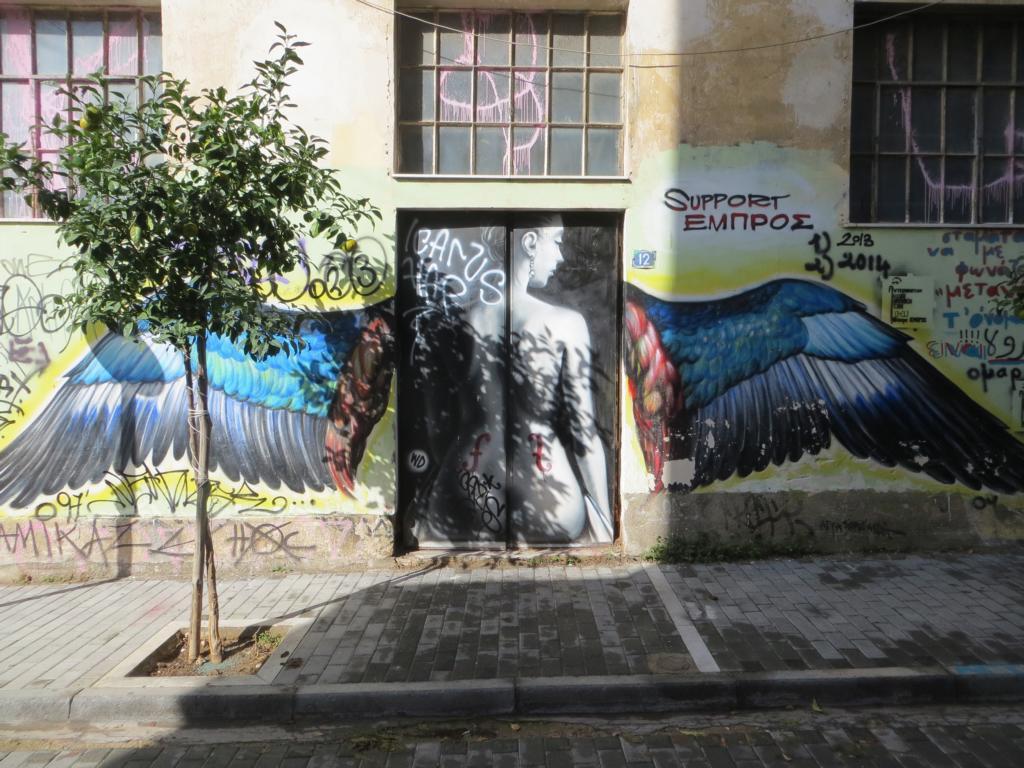 Streetart wird in Psiri gross gemalt