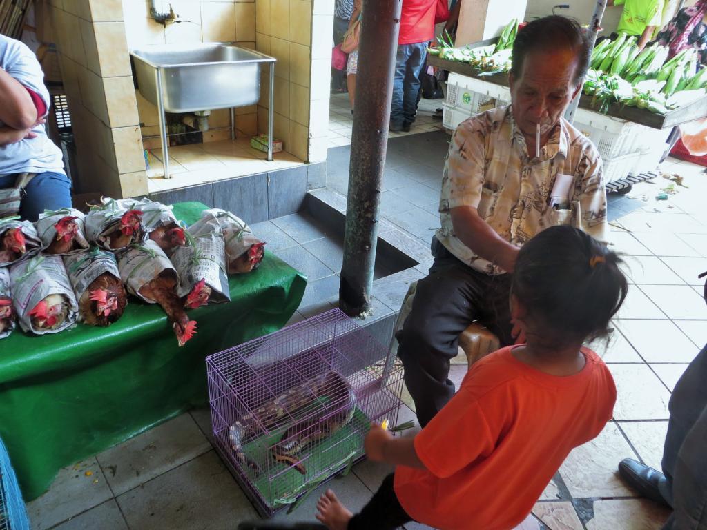 Szene auf dem Markt in Sibu