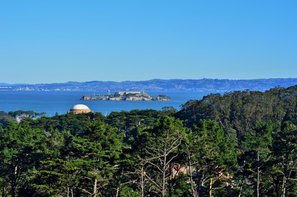 Eine fantastische Aussicht auf die Gefängnisinsel Alcatraz