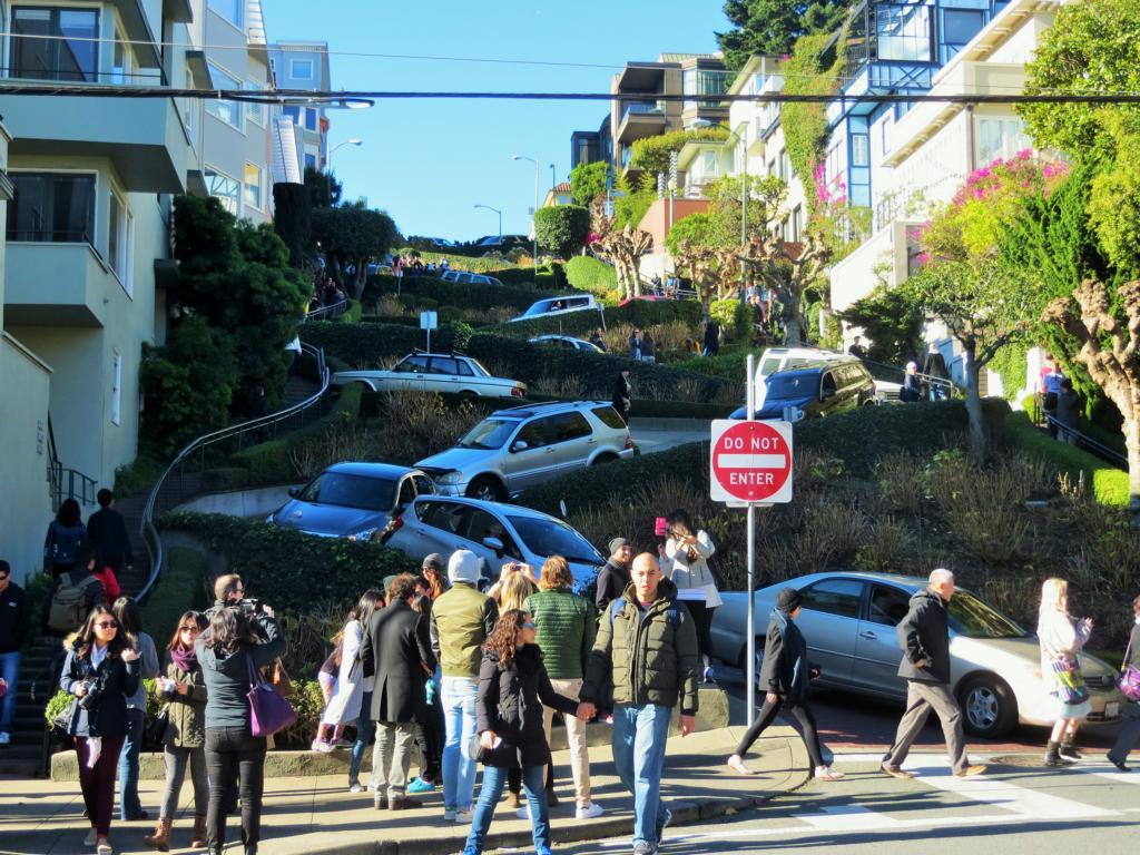 Die krümmste Strasse der Welt in San Francisco