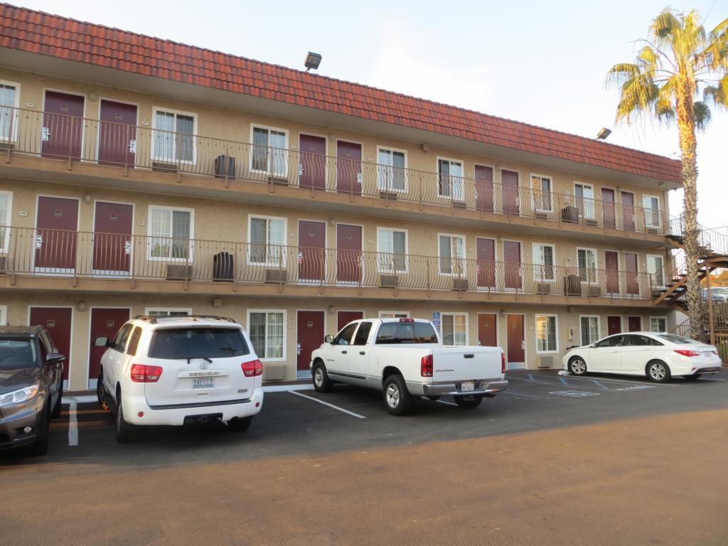 Motels finden sich vor allem in den USA überall und sind perfekt für einen Roadtrip.