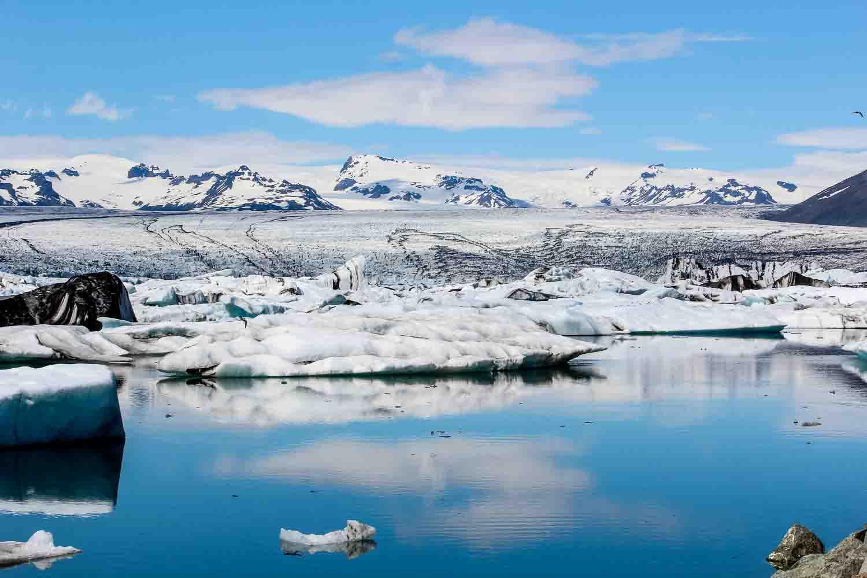 Die Gletscherlagune Jökulsárlón. Bild: Jana von Sonne und Wolken