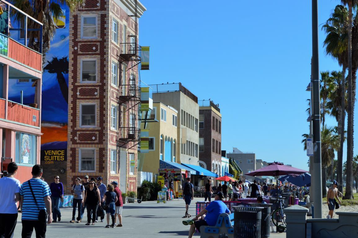 Venice Beach, Flaniermeile aller Künstler, Touristen und Verrückten.