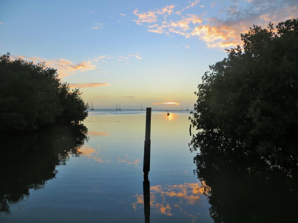 Sonnenuntergang auf Caye Caulker.