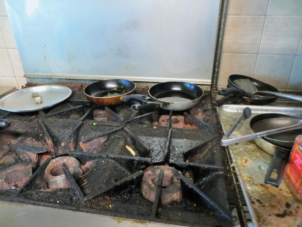 """Eines der eher """"schöneren"""" Bilder aus der Küche meiner Gastgeber bei Workaway..."""
