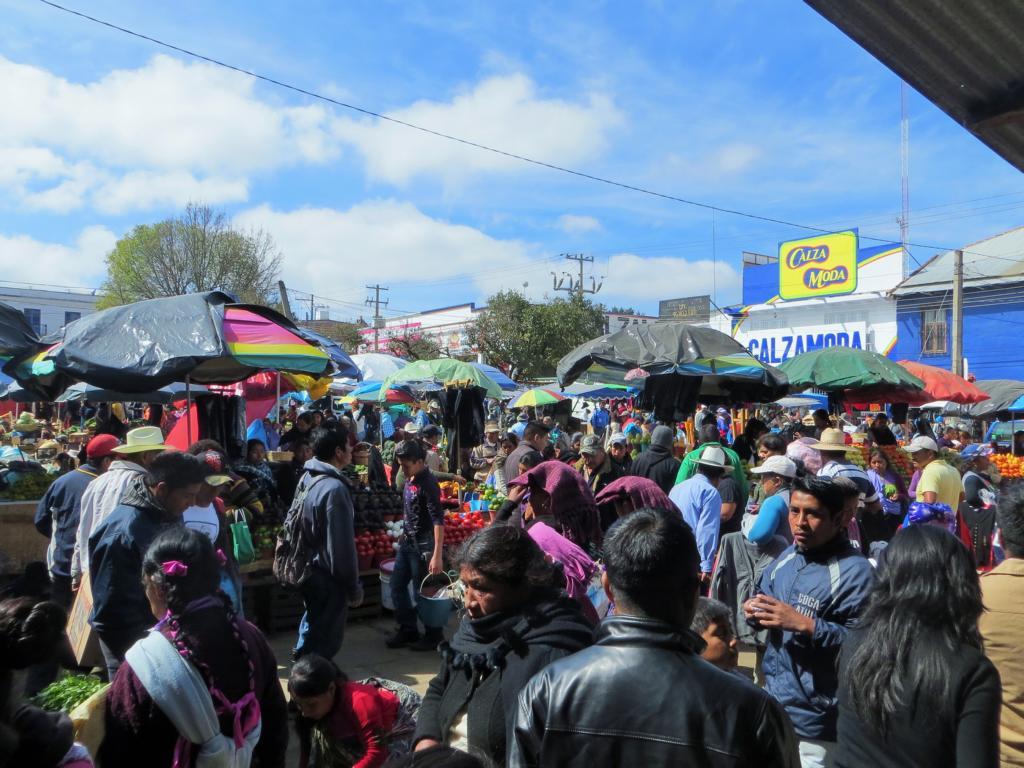 Ein organisiertes Chaos - Der Markt in San Cristobal de las Casas in Mexiko.