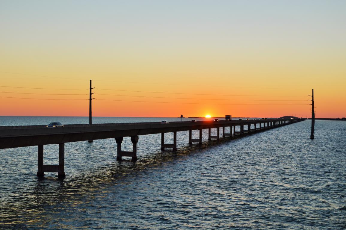 Sonnenuntergang Seven Miles Bridge auf den Keys.