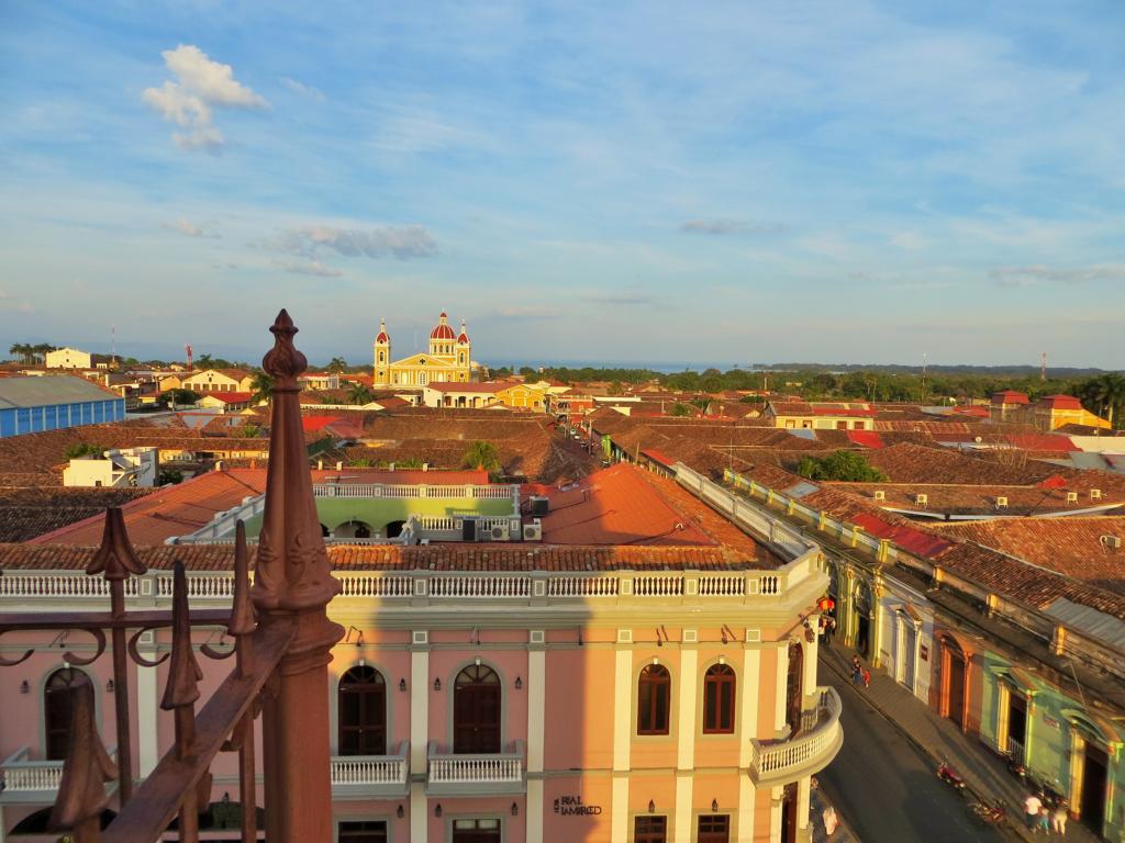 Aussicht vom Glockenturm der Kirche La Merced in Granada.