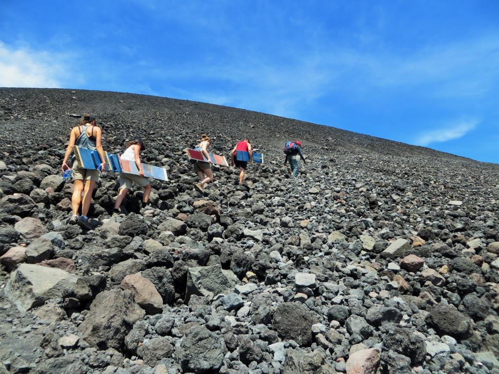 Rauf auf den Cerro Negro...