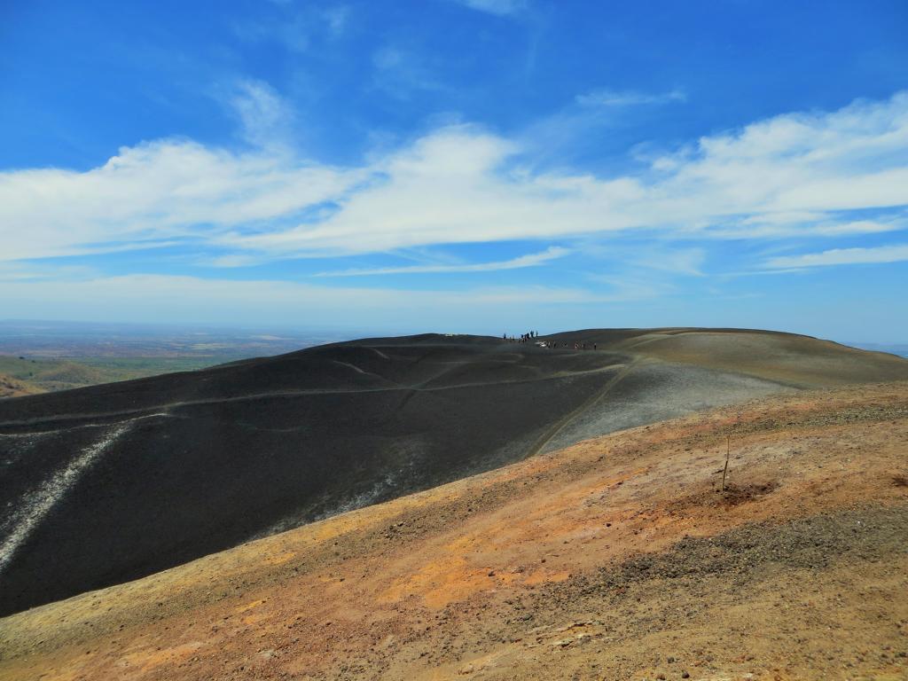 Unvergleichliche Ausblicke vom Cerro Negro.