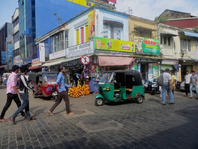 TukTuk Fahrer in Sri Lanka.