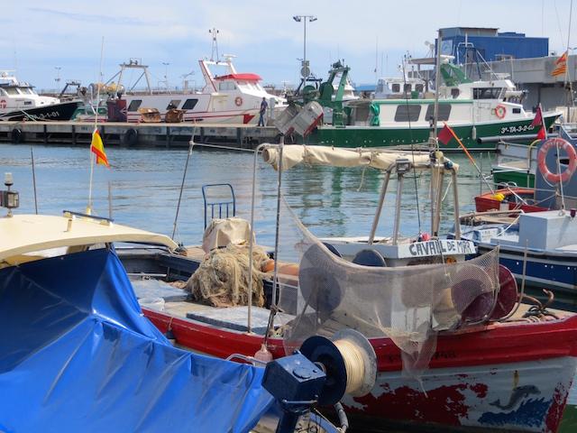 Der malerische Hafen von Cambrils an der Costa Daurada in Spanien.