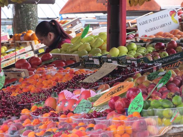 Ein verführerisches Angebot auf dem Markt in Ljubljana.