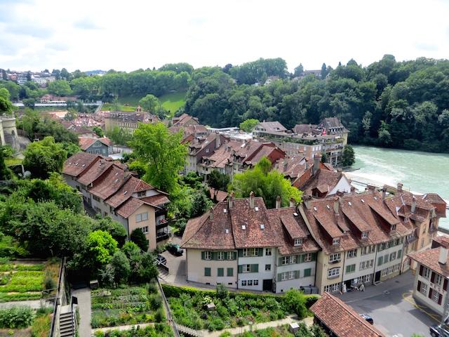 Sicht auf das Matte-Quartier von der Münsterplattform in Bern.
