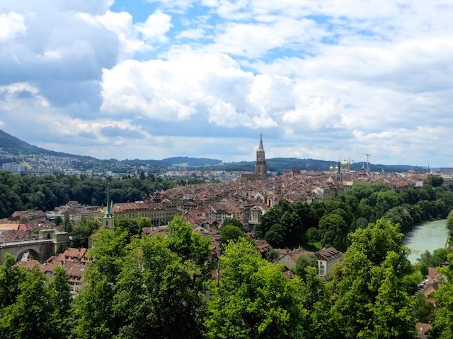 Bern, die schönste Stadt der Schweiz, hier vom Rosengarten aus.