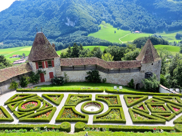 Der Innenhof des Schloss Gruyères.