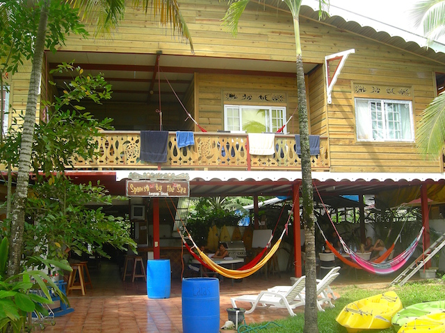 Sprachschule in Bocas del Toro in Panama.