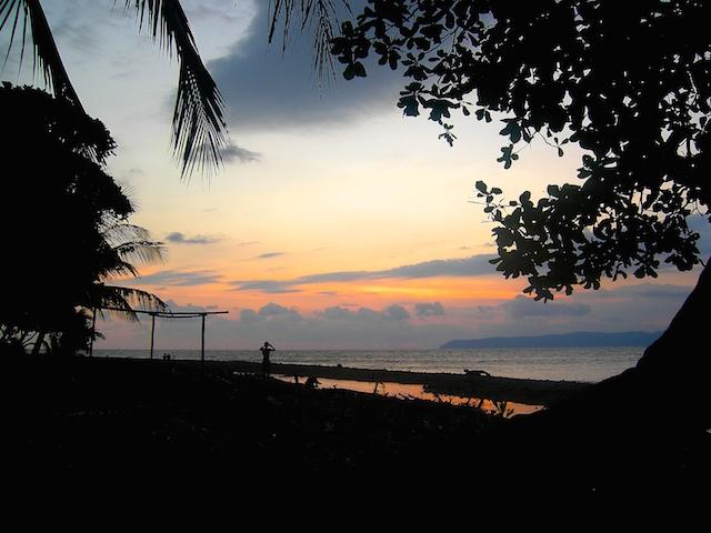 So schön ist der Sonnenuntergang in Pavones.