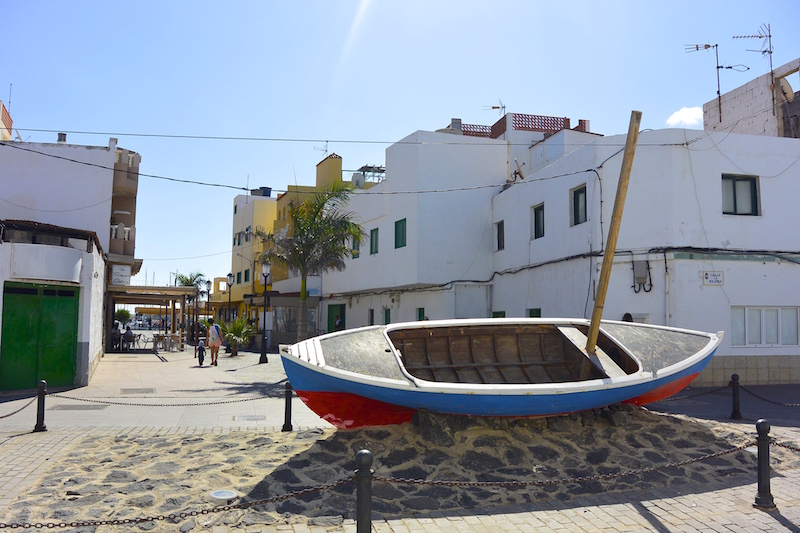 Und mit Corralejo ein lebhaftes Zentrum im Norden der Insel.