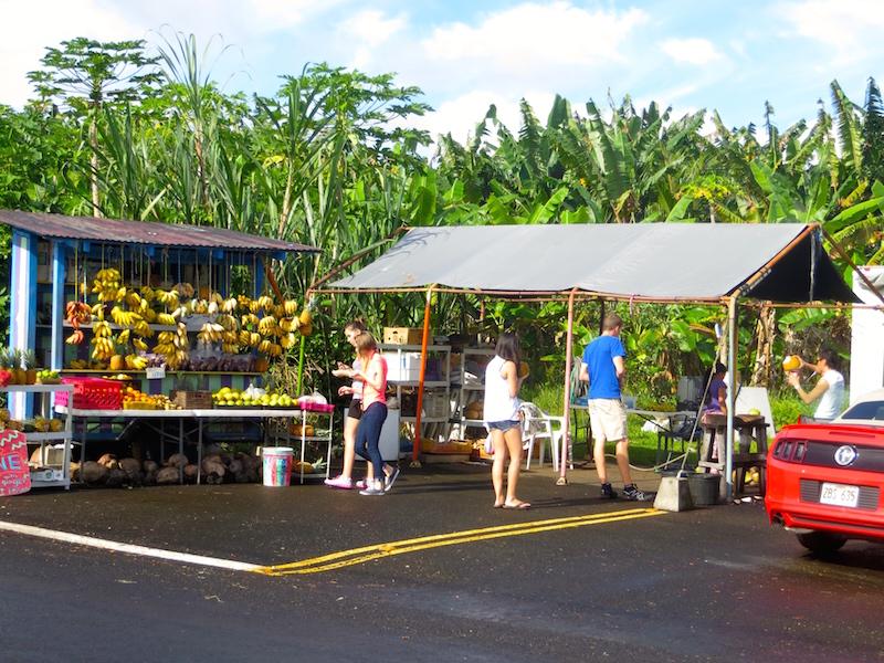 Unterwegs was frisches zu essen kaufen geht auf Big Island ganz easy.