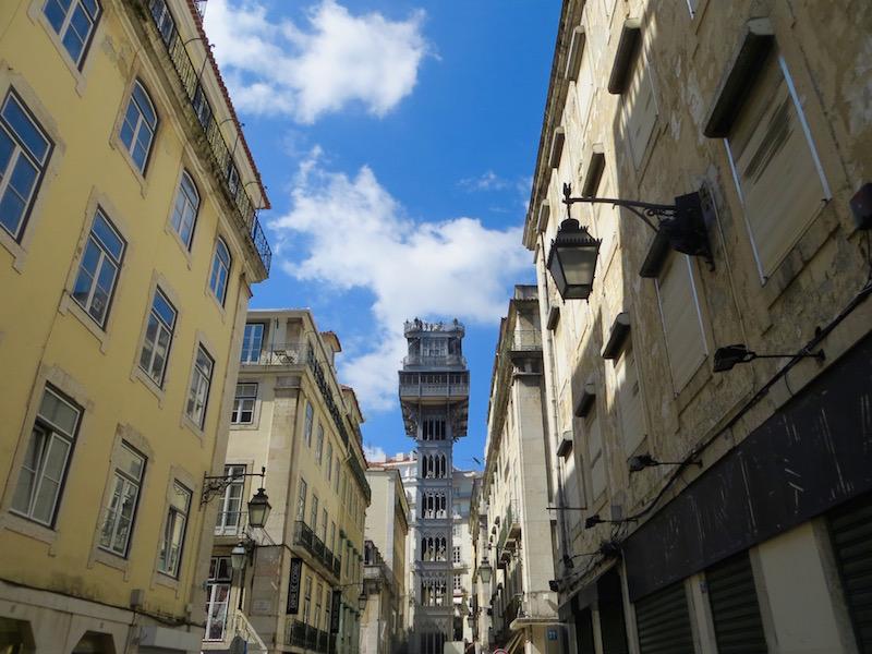 Der Elevador de Santa Justa in Lissabon.
