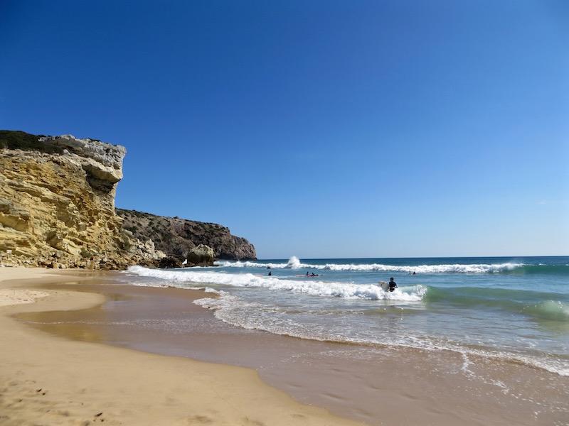 Die Algarve ist einfach perfekt zum Surfen!