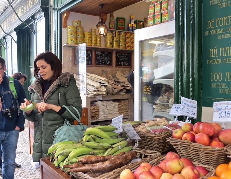 Filipa erzählt vom Essen, der Kultur und der Geschichte Lissabons.