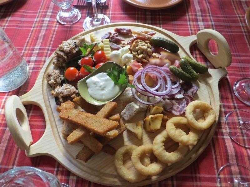 Deftiges Essen in Vilnius.